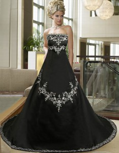 gothic-wedding-dresses.jpg
